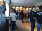 42. класа у посети Музеју Иве Андрића